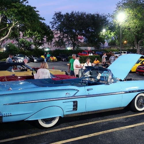 Friday Night Car Meet at Ellie's 50's Diner Delray Beach